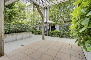 "Photo 14: 203 828 ROYAL Avenue in New Westminster: Downtown NW Townhouse for sale in ""Brickstone Walk"" : MLS®# R2388112"