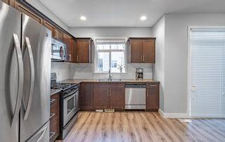 "Photo 2: 93 19551 66 Avenue in Surrey: Clayton Townhouse for sale in ""Manhattan Skye"" (Cloverdale)  : MLS®# R2423239"