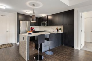Photo 2: 208 45 Aspenmont Heights SW in Calgary: Aspen Woods Apartment for sale : MLS®# A1075895