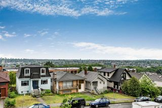 Photo 2: 3665 FRANKLIN STREET in Vancouver: Hastings East House for sale (Vancouver East)  : MLS®# R2172367