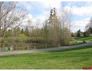 """Photo 6: 201 1569 EVERALL Street in White_Rock: White Rock Condo for sale in """"SEAWYND MANOR"""" (South Surrey White Rock)  : MLS®# F2908098"""