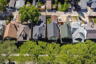 Photo 3: 678 Spruce Street in Winnipeg: West End Residential for sale (5C)  : MLS®# 202113196