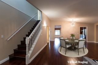 """Photo 3: 12 5201 OAKMOUNT Crescent in Burnaby: Oaklands Townhouse for sale in """"Hartlands on Deerlake"""" (Burnaby South)  : MLS®# R2407575"""