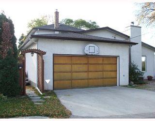 Photo 10: 275 LYNDALE Drive in WINNIPEG: St Boniface Residential for sale (South East Winnipeg)  : MLS®# 2819870