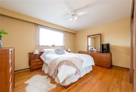 Photo 16: Photos: 169 Lynnbrook Drive in Toronto: Woburn House (2-Storey) for sale (Toronto E09)  : MLS®# E3188543