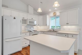 Photo 9: 2699 Vancouver Pl in : CR Willow Point House for sale (Campbell River)  : MLS®# 854486