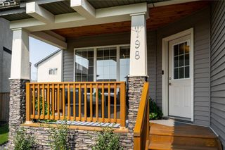 Photo 2: 198 Moonbeam Way in Winnipeg: House for sale : MLS®# 202120793