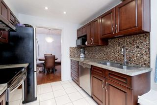 "Photo 14: 202 2668 ASH Street in Vancouver: Fairview VW Condo for sale in ""CAMBRIDGE GARDENS"" (Vancouver West)  : MLS®# R2510443"