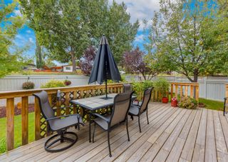Photo 3: 347 Diamond Drive SE in Calgary: Diamond Cove Detached for sale : MLS®# A1147455