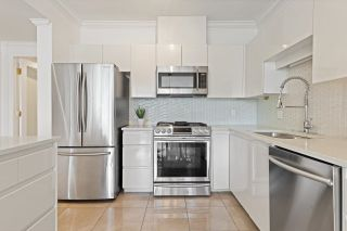 Photo 5: 101 1871 MARINE DRIVE in West Vancouver: Ambleside Condo for sale : MLS®# R2602204