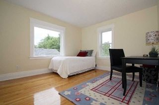 Photo 3:  in Whitby: Brooklin House (2-Storey) for lease