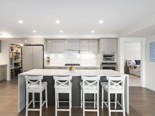 "Photo 2: 103 1160 OXFORD Street: White Rock Condo for sale in ""NEWPORT"" (South Surrey White Rock)  : MLS®# R2534063"