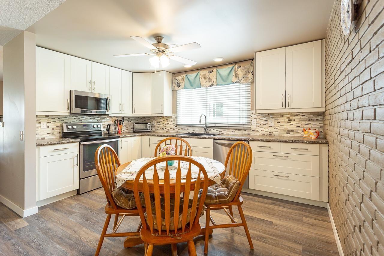 Main Photo: 4215 36 Avenue in Edmonton: Zone 29 House Half Duplex for sale : MLS®# E4259081