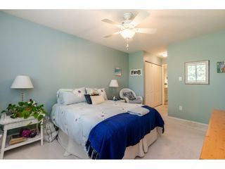 """Photo 18: 404 15991 THRIFT Avenue: White Rock Condo for sale in """"Arcadian"""" (South Surrey White Rock)  : MLS®# R2505774"""