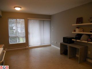 """Photo 6: 70 16388 85TH Avenue in Surrey: Fleetwood Tynehead Townhouse for sale in """"Camelot Village"""" : MLS®# F1106811"""