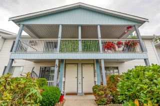 """Photo 1: 34 32691 GARIBALDI Drive in Abbotsford: Central Abbotsford Townhouse for sale in """"CARRIAGE LANE PARK"""" : MLS®# R2617451"""