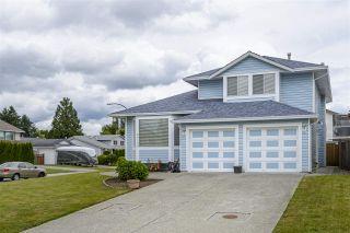 Photo 3: 20150 ASHLEY Crescent in Maple Ridge: Southwest Maple Ridge House for sale : MLS®# R2473534
