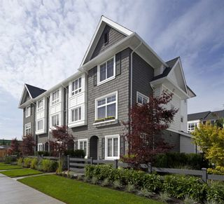 Photo 3: #123-15340 GUILDFORD DRIVE in Surrey: Guildford Townhouse for sale (North Surrey)