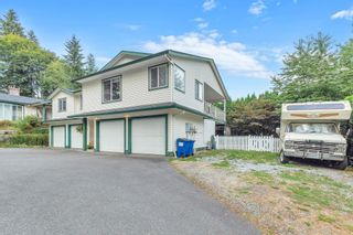 Photo 4: A 22065 RIVER Road in Maple Ridge: West Central 1/2 Duplex for sale : MLS®# R2615551