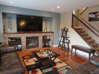 Photo 4: 7 Brockington Avenue in Winnipeg: Fort Garry / Whyte Ridge / St Norbert Residential for sale (South Winnipeg)  : MLS®# 1605075