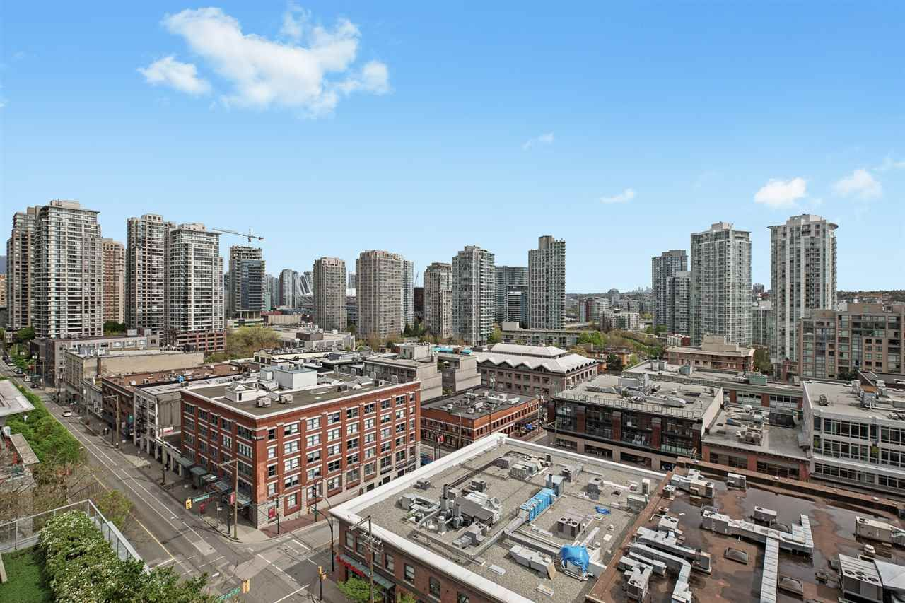 Main Photo: 1303 1133 HOMER STREET in : Yaletown Condo for sale : MLS®# R2462316