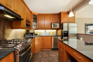 Photo 10: 827 Pepperloaf Crescent in Winnipeg: Charleswood Residential for sale (1G)  : MLS®# 202122244