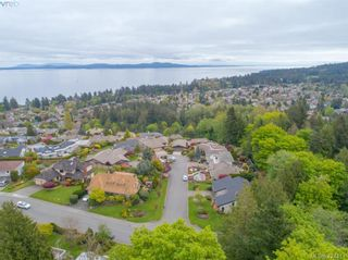 Photo 33: 839 Wavecrest Pl in VICTORIA: SE Broadmead House for sale (Saanich East)  : MLS®# 838161