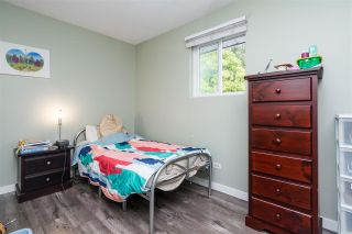 Photo 33: 2695 MCBRIDE Avenue in Surrey: Crescent Bch Ocean Pk. House for sale (South Surrey White Rock)  : MLS®# R2571973