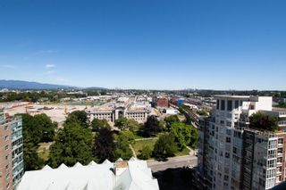 """Photo 5: 1704 1188 QUEBEC Street in Vancouver: Downtown VE Condo for sale in """"CITY GATE 1"""" (Vancouver East)  : MLS®# R2600026"""