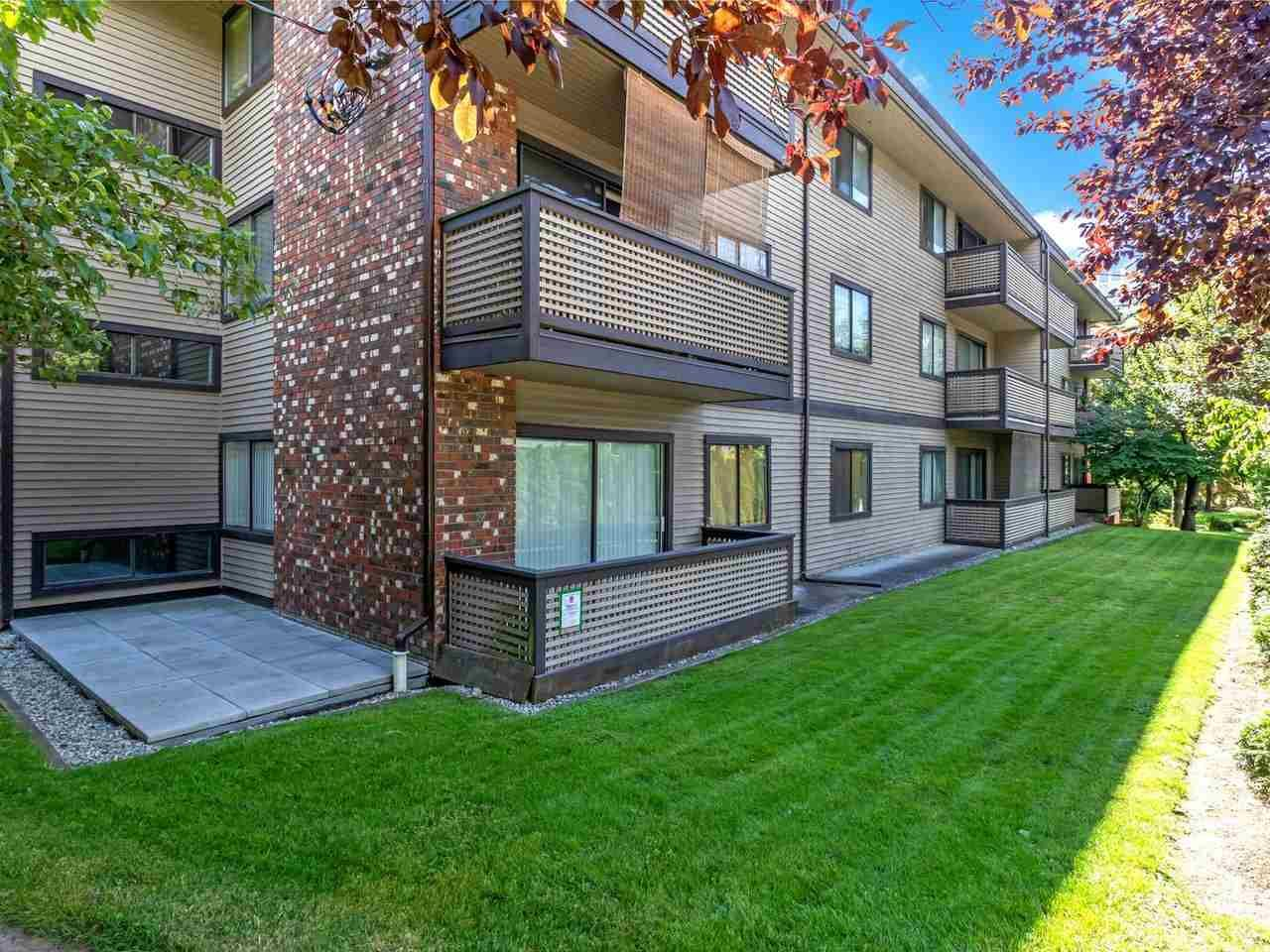 """Main Photo: 104 535 BLUE MOUNTAIN Street in Coquitlam: Central Coquitlam Condo for sale in """"Regal Court"""" : MLS®# R2561452"""