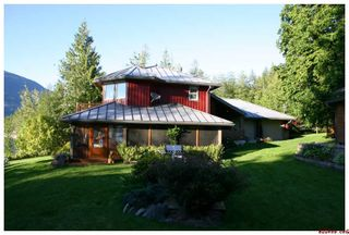 Photo 3: 6017 Eagle Bay Road in Eagle Bay: Waterfront Residential Detached for sale : MLS®# SOLD