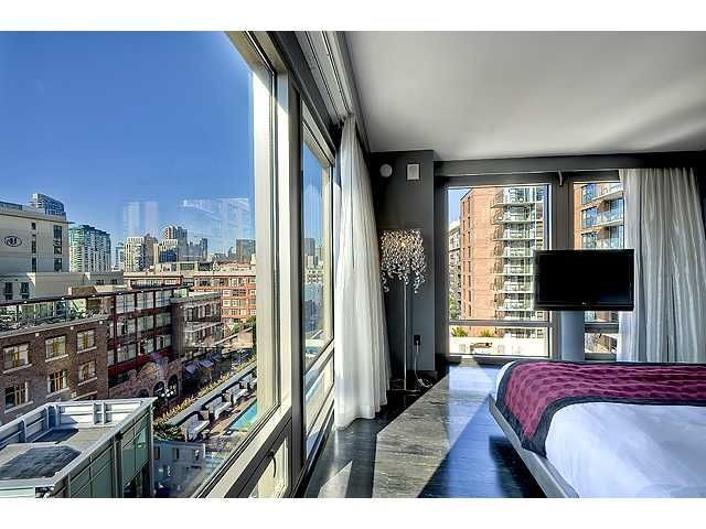 Main Photo: DOWNTOWN Condo for sale : 1 bedrooms : 207 5TH AVE #701 in SAN DIEGO