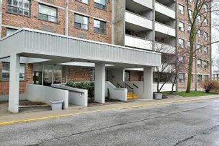 Photo 8: 801 20 William Roe Boulevard in Newmarket: Central Newmarket Condo for sale : MLS®# N4751984
