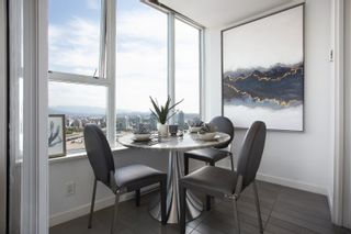 """Photo 11: 3307 33 SMITHE Street in Vancouver: Yaletown Condo for sale in """"COOPER'S LOOKOUT"""" (Vancouver West)  : MLS®# R2615498"""
