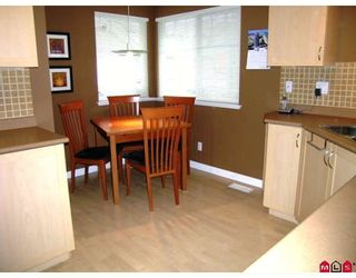 Photo 4: 95 8888 151ST Street in Surrey: Bear Creek Green Timbers Townhouse for sale : MLS®# F2903786