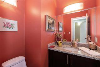 Photo 9: 1039 E 10TH Avenue in Vancouver: Mount Pleasant VE 1/2 Duplex for sale (Vancouver East)  : MLS®# R2442601
