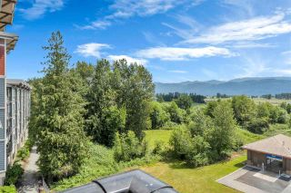 """Photo 21: 307 2242 WHATCOM Road in Abbotsford: Abbotsford East Condo for sale in """"Waterleaf"""" : MLS®# R2591290"""