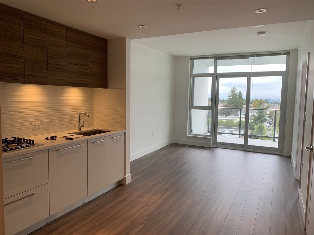 Main Photo: 1003 7303 NOBLE LANE in Burnaby: Edmonds BE Condo for sale (Burnaby East)  : MLS®# R2404568