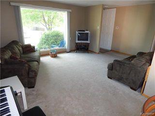 Photo 2: 59 Montclair Bay in Winnipeg: Fort Garry / Whyte Ridge / St Norbert Residential for sale (South Winnipeg)  : MLS®# 1614066