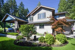 Photo 3: 4309 PATTERDALE Drive in North Vancouver: Canyon Heights NV House for sale : MLS®# R2543547