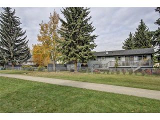 Photo 33: 544 OAKWOOD Place SW in Calgary: Oakridge House for sale : MLS®# C4084139