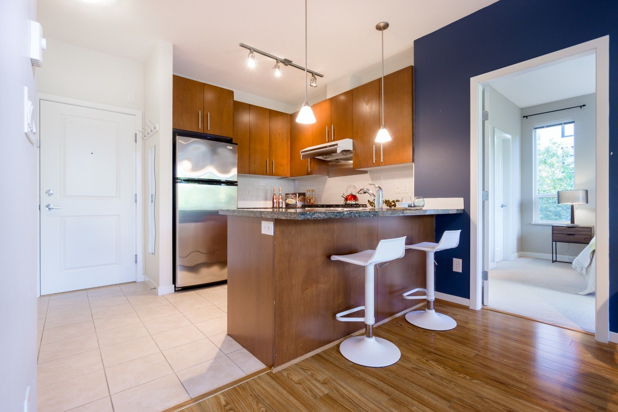 Photo 9: Photos: 208 3551 FOSTER Avenue in Vancouver: Collingwood VE Condo for sale (Vancouver East)  : MLS®# R2291555