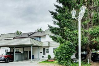 """Photo 17: 15 2830 BOURQUIN Crescent in Abbotsford: Central Abbotsford Townhouse for sale in """"Abbotsford Court"""" : MLS®# R2387328"""