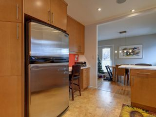 Photo 11: 1476 Hamley St in : Vi Fairfield West House for sale (Victoria)  : MLS®# 861940