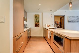 Photo 6: 1811 68 SMITHE STREET in Vancouver: Yaletown Condo for sale (Vancouver West)  : MLS®# R2283102