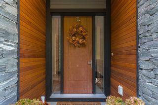 Photo 4: 836 Haliburton Rd in Saanich: SE Cordova Bay House for sale (Saanich East)  : MLS®# 887149