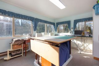 Photo 12: 1105 Bourban Rd in : ML Mill Bay Manufactured Home for sale (Malahat & Area)  : MLS®# 863983