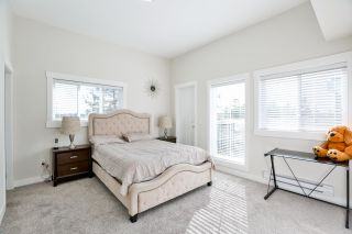 """Photo 10: 39 7247 140 Street in Surrey: East Newton Townhouse for sale in """"Greenwood Townhomes"""" : MLS®# R2256026"""