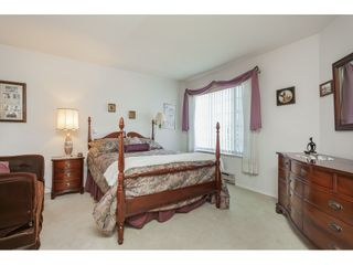 """Photo 28: 201 5375 205 Street in Langley: Langley City Condo for sale in """"Glenmont Park"""" : MLS®# R2482379"""