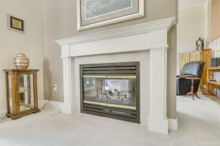 """Photo 11: 57 3405 PLATEAU Boulevard in Coquitlam: Westwood Plateau Townhouse for sale in """"PINNACLE RIDGE"""" : MLS®# R2483170"""